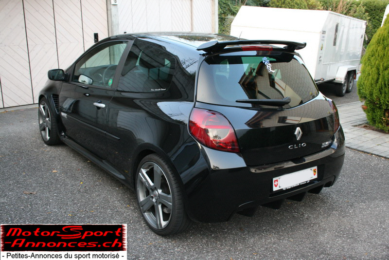 vends clio 3 rs noire 2006 60 39 000km 22 39 500 chf. Black Bedroom Furniture Sets. Home Design Ideas